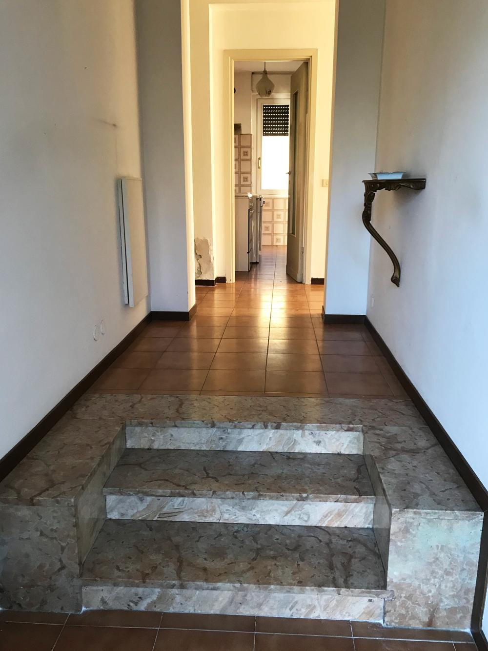 Eurostudio immobiliare vendesi appartamento con ampio for Vendesi appartamento